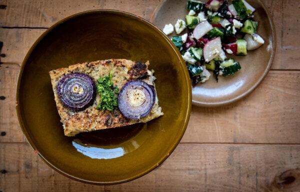Wilde Wortels - afhaalmaaltijden Utrecht - bloemkool-rode ui taart