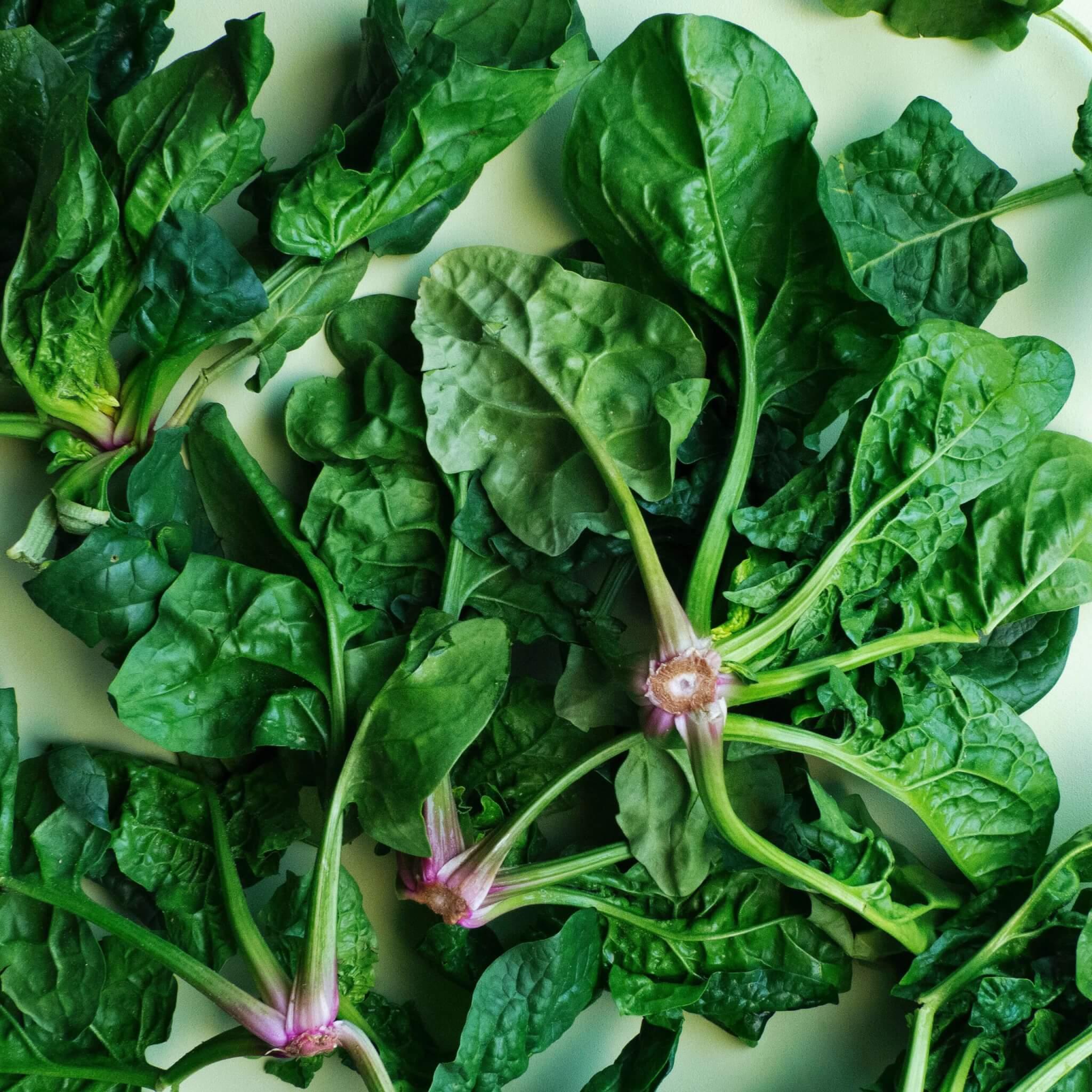 Wilde Wortels - foto green veggies - via unsplash van Foodism